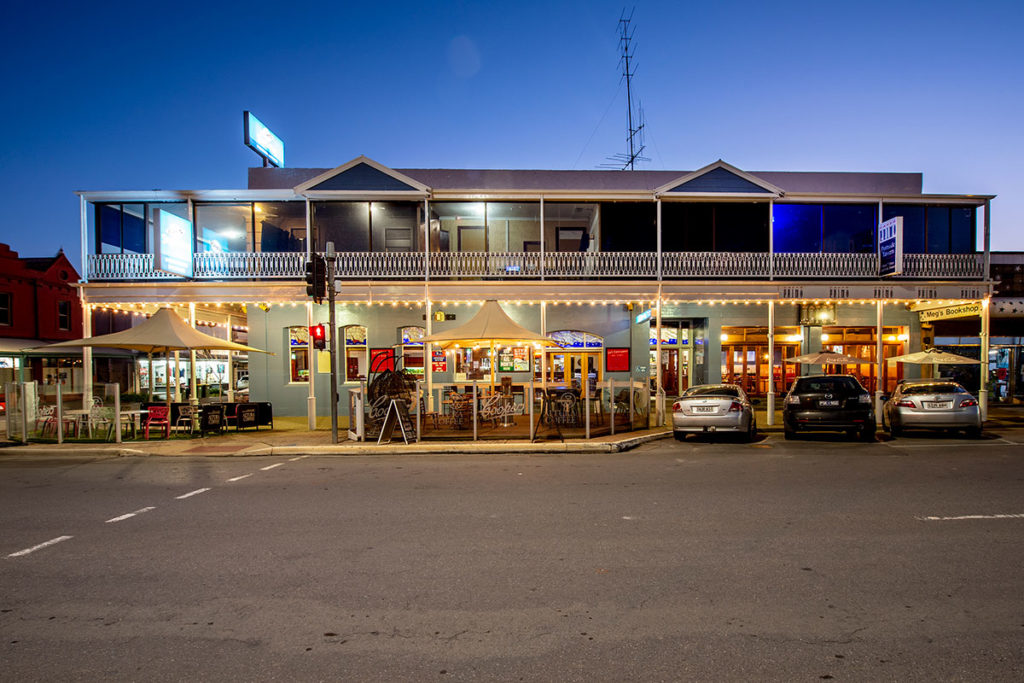 portside-tavern-2